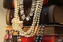 Displaying / The art of display for jewelry shows, home decor, pretty things. / by Dabchick Vintage Gems