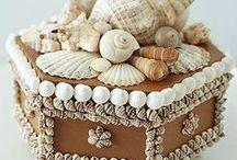 Arts & Crafts / by Kelsey Goldbarth