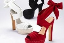 Playin DressUp - Shoes & Accessories / by Julie Williams