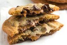Recipes - Bars, Brownies & Cookies / by Eva May