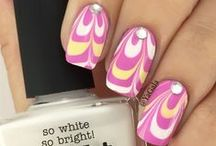 Nail Art - Water Marble / by The Sparkle Queen