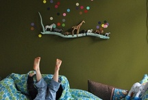Cute: Kid Spaces / PINT SIZED bedrooms, play rooms and nurseries / by Melody Lund