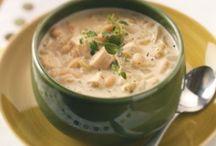 Chili, soups & stews / by Kayla McCarthy