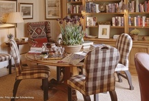 Reupholstery/slipcovers / by 2Travel