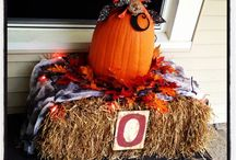 spookytime / Halloween decoration ideas. / by Jen Osborn
