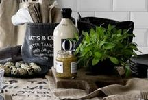 Styling a Kitchen / by Laura Pole-Tree