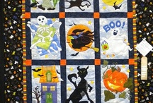 Holiday Quilt Patterns / Halloween quilts, Thanksgiving quilts, valentine quilts, Easter quilts, and Hanukkah crafts / by FaveQuilts