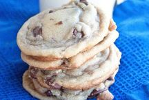 Dizzzzzert / Collection of chocolate chip cookie recipes and then some. May include pies and other desserts. / by reese