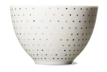 : ceramic : / ceramics and related / by Viva Bailey