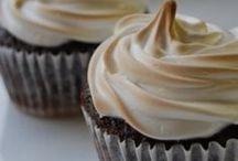 Recipes: Sweets / by Kelly Skupnik
