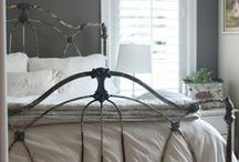 Beautiful Bedrooms / by Suzanne Ellis