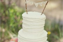 Cake Cupcakes and Cake Stands / by Tina Marie Lowery