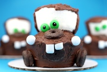 Cupcakes / Cute cupcakes right? / by Janelle Brooke