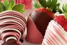 Sweet Treats / by Janelle Brooke