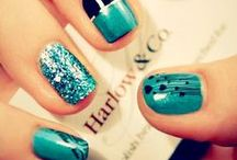 Nail Designs / by Janelle Brooke