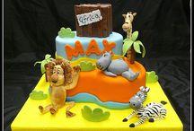 Kids Birthday Cakes / Desert / by Nancy Spano
