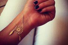 accessories / by Brianna Gountis