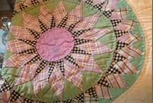 Quilts that inspire me / by Sharon Keightley Designs