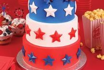 stars and stripes / Stars, stripes, and beyond. Get inspired with patriotic treats and party decor ideas perfect for Memorial Day, Flag Day, 4th of July, and more! / by Bakery Crafts