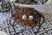 Halloween Treats / by Jen *Craft-O-Maniac