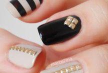 Lacquer Lounge / Nail polish & wrap obsession  / by Alia Valente