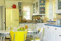 ღ A Yellow Kitchen ღ / I have always, always wanted a yellow kitchen....it's like, you have no other choice but be happy :) / by Lisa Coulter