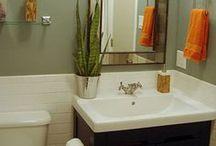 Home: Bathrooms / by Jacqueline Reid