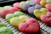 Baking my way to your heart / by Mariza Says