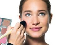 LEARN + TRY / This is where you learn how to actually put on makeup (finally). / by Bobbi Brown