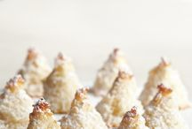 Just DESERTS / Ultra delish deserts I've pinned that make my mouth water.  / by Steph ♡ McMullin