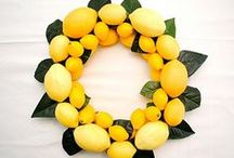 Decor- Wreaths / How to make a wreath / by Somewhat Simple {Stephanie Dulgarian}