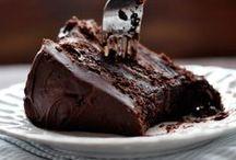 SWEEEET! / Desserts  / by Jennifer Lorenz