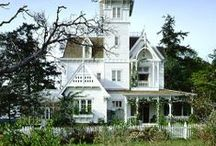 DREAM HOUSES / by Jennifer Lorenz