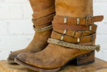 Style - Shoes and Boots / by T B