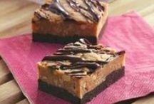 Cakes/Brownies/Bars / by Joyce Fiorito