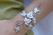 Artisan Jewelry / by Lauralee Brennan