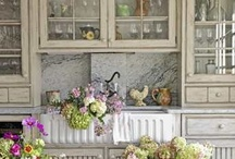 Kitchens / by Pamela Massey