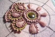 Embroidery with Beads / by Harpa