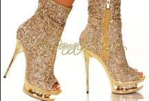 Fashion Shoes / by Boryana Kolf
