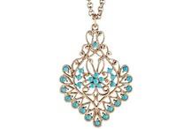 Jewelry / by Hannah Cardoso