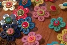 craft - buttons / by Robyn Sherer