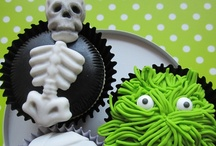 Halloween Ideas / Halloween party ideas, Halloween decorating ideas, Halloween costumes, Halloween cupcakes and more wonderfully wicked ways to celebrate All Hallows' Eve! / by Mary Jo Cameron