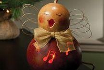 Crafts - Gourds / by Debra Shaw