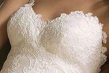 Weddingdresses / by Lavender Weddings &more