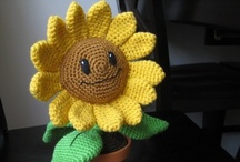 Crochet - amigarumi / by Linda Mikula