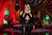 Halloween / With amazing costumes, decorations and exclusive pictures from Ellen's Halloween show - this board has it all. / by Ellen DeGeneres