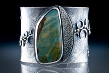 Jewelry Inspiration - Rings and Bracelets / by Robin Wilson