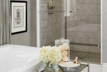 Bathroom / by Lauren Russo