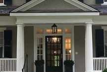 Home Exterior / by Renee Smith