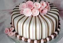 Great Cakes / Cakes well worth admiring. / by Liisa Fenech-Petrocchi